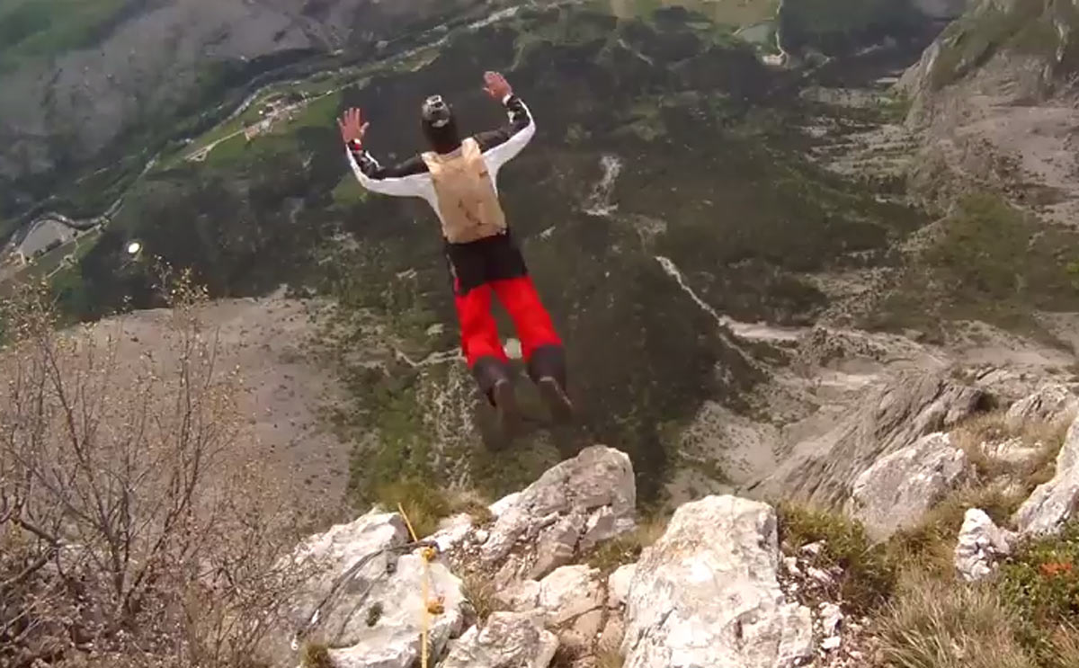 how to become a base jumper