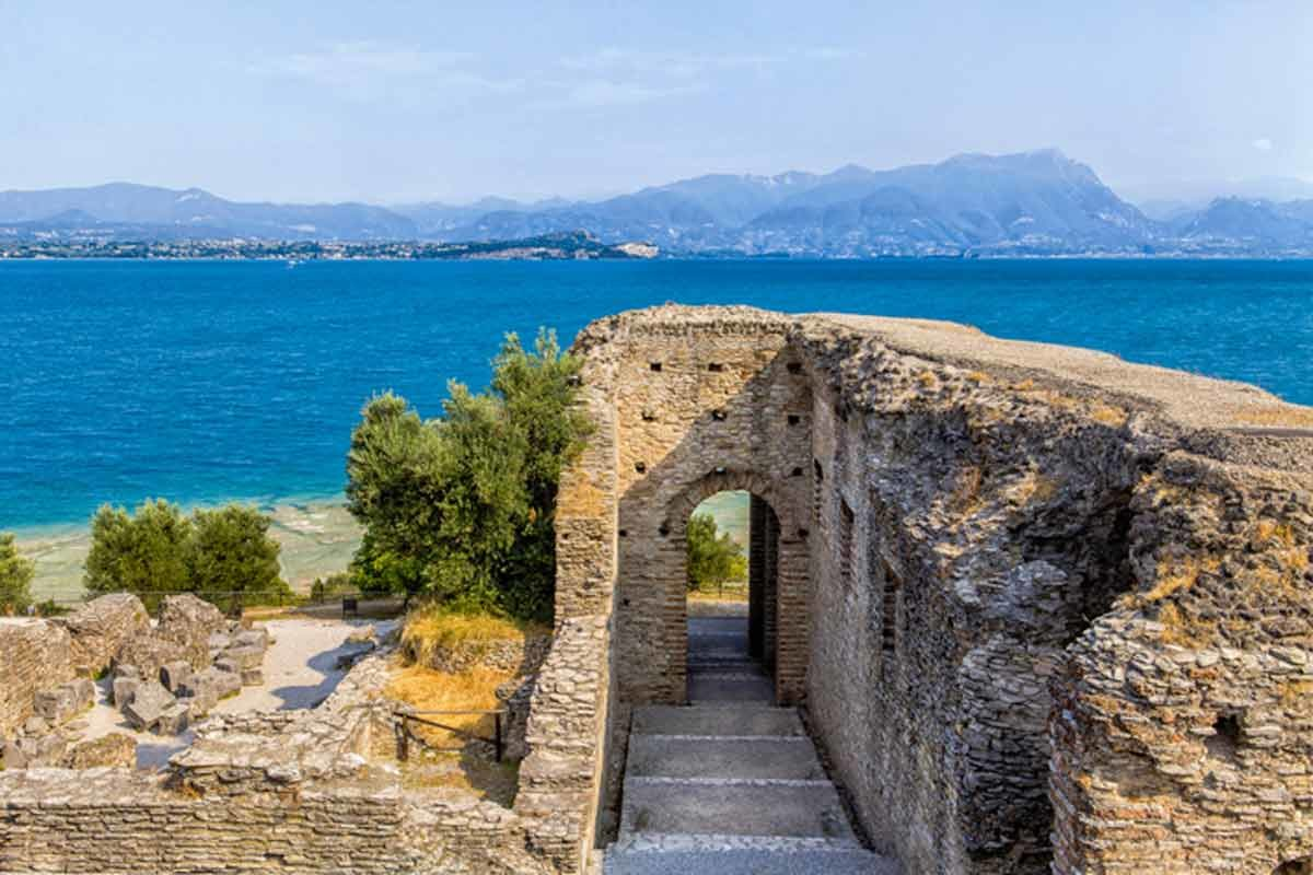 Archway at Grotte Catullo on Sirmione, Lake Garda