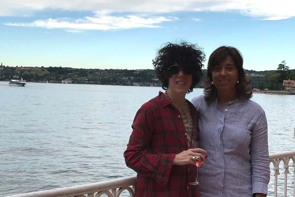 La cantante LP con Orietta Mizzaro sulla terrazza del Grand Hotel Gardone.