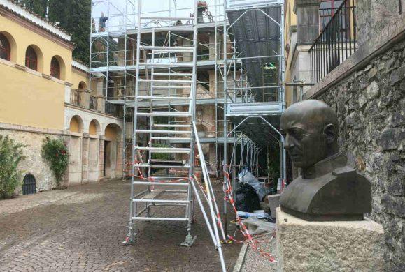 Il restauro del portale d'ingresso del Vittoriale degli Italiani