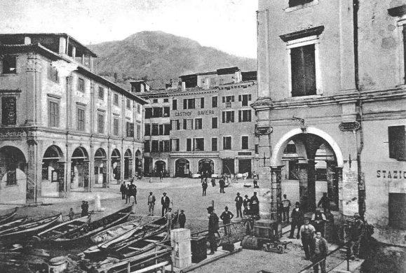Il 15 dicembre 1860 Salò divenne città