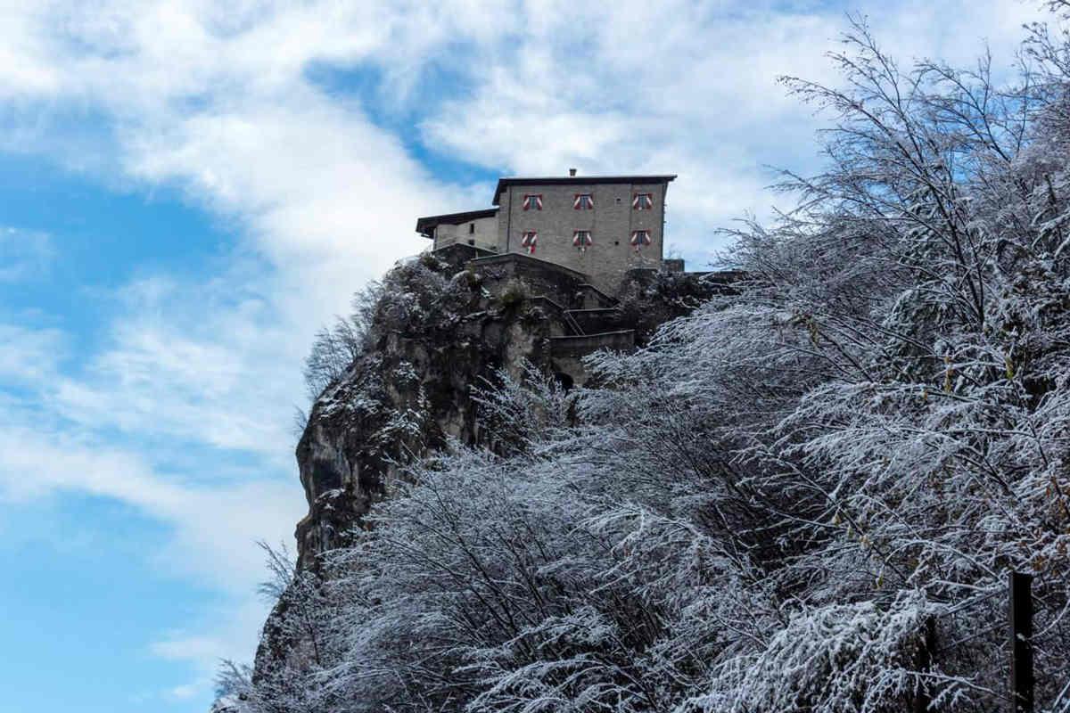 Sabato e domenica il presepe vivente nell'antico castello di Bondone