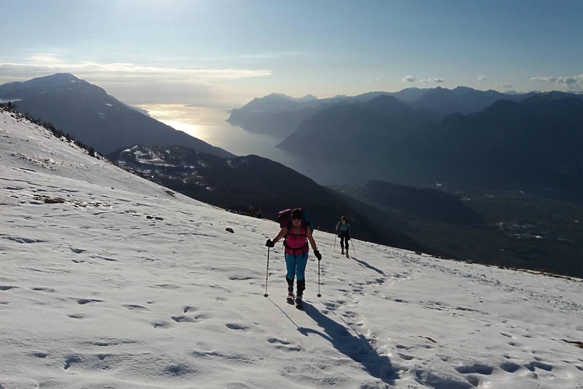 Con le ciaspole sul monte Stivo – Gardapost 0c065ba20dbc
