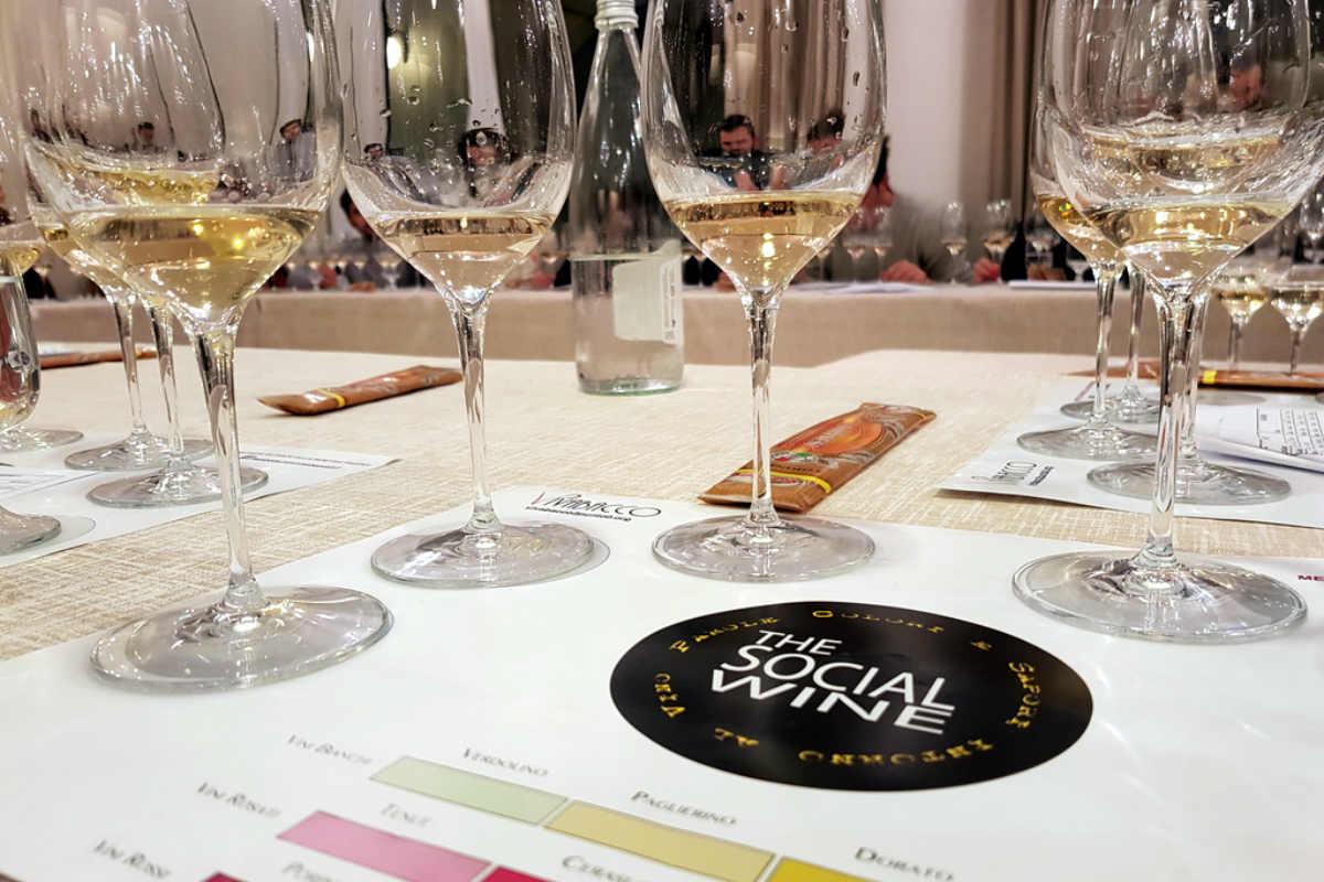 the wine social  degustazioni alla cieca a desenzano  u2013 gardapost