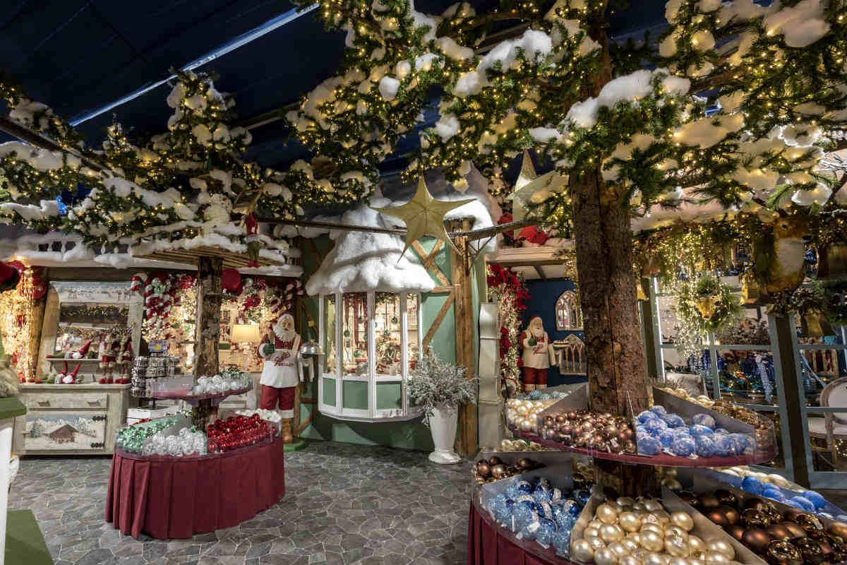 Villaggio Di Natale Bussolengo Immagini.A Bussolengo Riapre Il Villaggio Di Natale Flover Gardapost