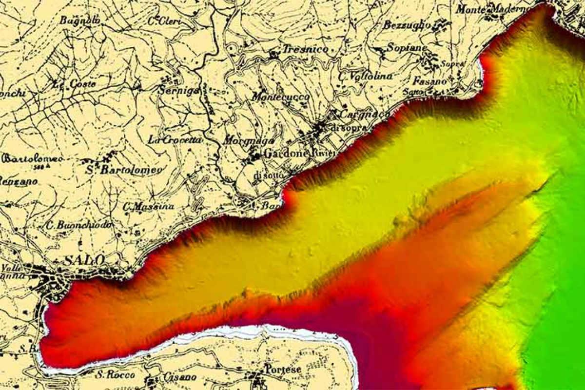 Cartina Fisica Lago Di Garda.La Marina Militare Svela I Segreti Dei Fondali Del Garda Gardapost